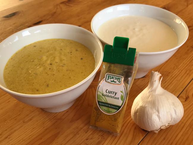 Knoblauchsauce und Currysauce für Fondue